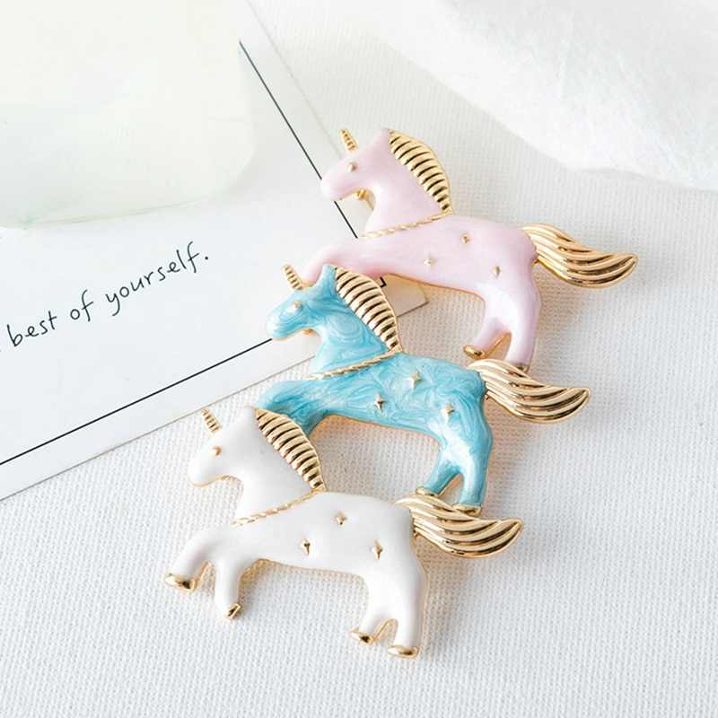 Lovely Horse Brooches alloy Fashion blue Color Animal metal Brooches Pins Denim Jackets Collar Badge for Women Christmas Gifts