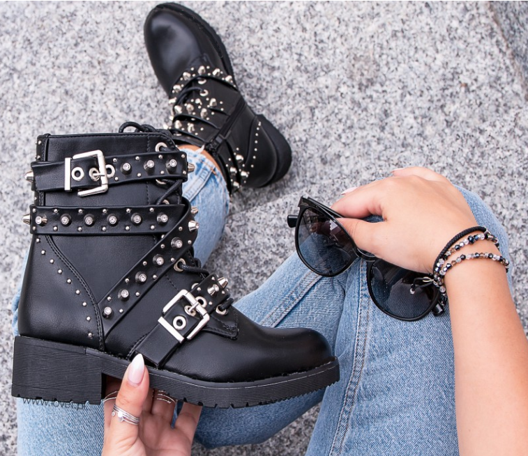 [GOGD]Women Black Ankle Boots Buckle Strap Rivet Shoes Female Pu Motorcycle Boots Autumn Punk Boots