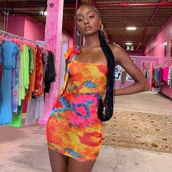 Simenual Sexy Tie Dye mujeres Bodycon vestido un hombro Bandage moda partido Mini vestidos sin mangas 2019 Skinny vestido de impresión