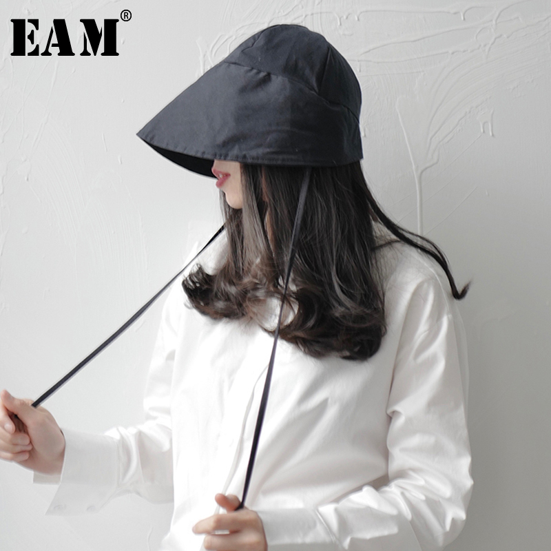 [EAM] Women Black Brief Foldable Fishermen Hat New Round Dome Temperament Fashion Tide All-match Spring Autumn 2020 1T697
