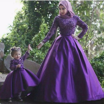Purple Long Sleeves Muslim Mother And Daughter Evening Dresses With Hijab Beaded Applique Formal Party Dress Gowns Robe Crystal - discount item  5% OFF Wedding Party Dress