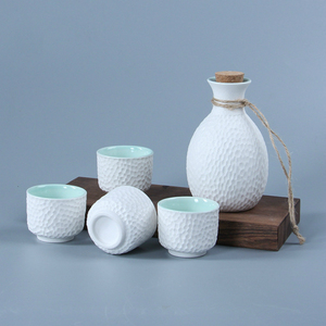 Creative Snowflake Glaze Honeycomb Design Art Sahi Wine Pot 4 Cups Japanese Sake Set Flagon Stoup Ceramic Saka Decanter Home Bar(China)