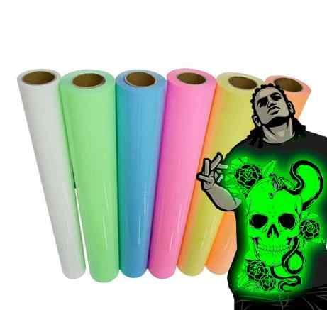 משלוח חינם 25x25cm זוהר חום העברה ויניל זוהר בחושך DIY חולצה עבור חולצה העברת חום עיתונות DIY זוהר בחושך