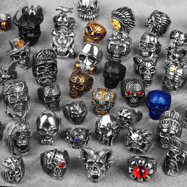 STAINLESS STEEL THEMED SKULL RINGS (43 VARIAN)