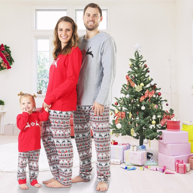 Christmas Family Pajamas Set Christmas Clothes Parent-child Suit Home Sleepwear Cotton Baby Kid Dad Mom Matching Family Outfits 2