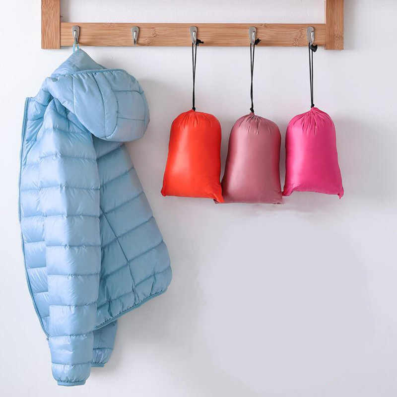 冬の女性の超軽量ダウンジャケットフード付きダウンジャケットプラスサイズ 4XL 暖かいコートパーカー女性防水生き抜く