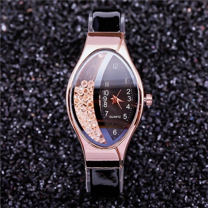2019 Montre Femme Casual Women Watches Oval Dial Wrist Watch Leather Rhinestone Designer Ladies Watch Clock Gfit Reloj Mujer