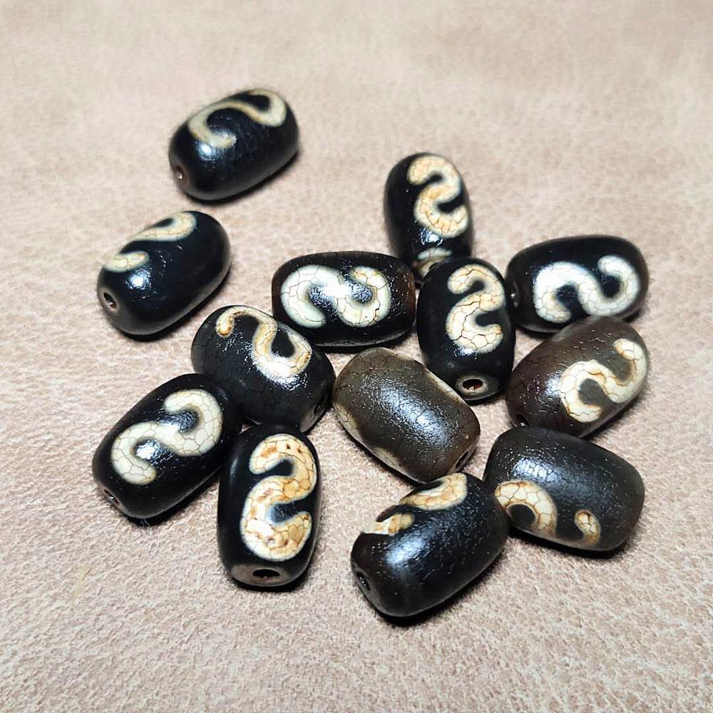 2pcs/lot Cylindrical Weathered Dragon Pattern Old Agate Beads Tibetan DZI 8*12mm Money Hook Totem Pattern Men&women Jewelry DIY