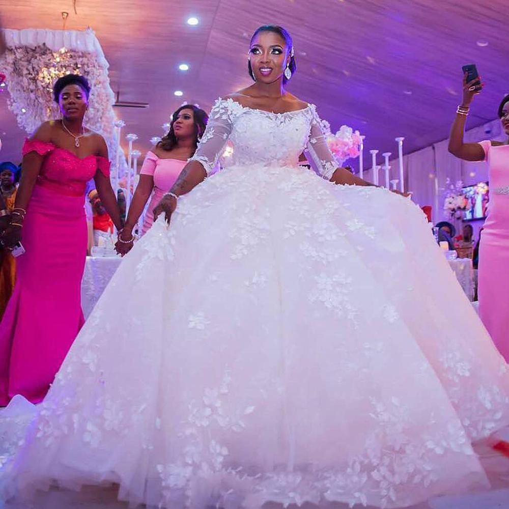 Newest African Ball Gown Wedding Dress 2020 Off The Shoulder Elegant Lace Wedding Gown Robe De Soiree