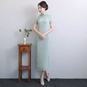 Image 4 - 2020 Vestido De Debutante โรงงานโดยตรงขายใหม่ Retro ตัดมือปักผ้าไหม Cheongsam ขายส่งทุกวันที่ดีขึ้น
