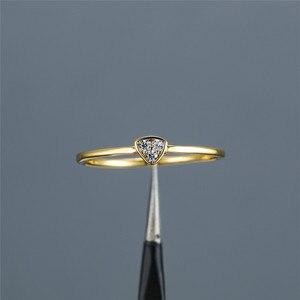 Minimalistyczny żeński biały kryształowy pierścionek z kamienia klasyczny złoty kolor cienki obrączka śliczny ślubny geometryczny pierścionek zaręczynowy dla kobiet