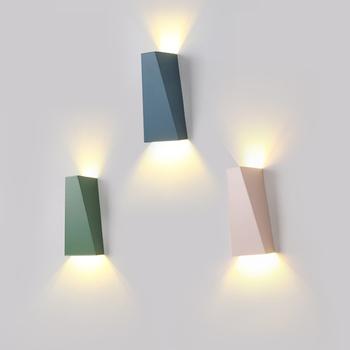 Nowoczesne minimalistyczne lampy ścienne led nocne czytanie światła salon oświetlenie dekoracyjne lampa ścienna hotelowa oprawa wewnętrzna tanie i dobre opinie LONKOEY Do montażu na ścianie Żarówki led W górę iw dół Kinkiety No Switch Modern Minimalist LED Wall Lamps Bed room