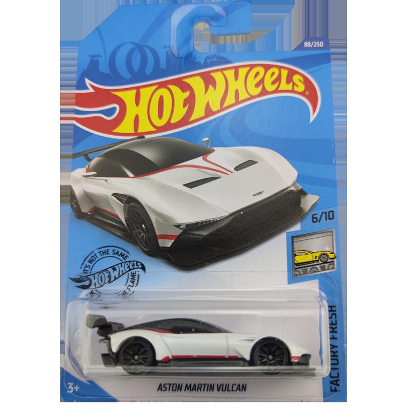 2020 Hot Wheels 1:64 Car ASTON MARTIN VULCAN Collector Edition Metal Diecast Model Cars Kids Toys Gift