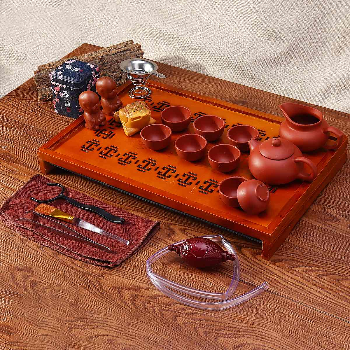 Chinese Purple Clay Kung Fu Tea Set Drinkware Tea Cup Tureen Infuser Chinese Tea Ceremony with Wood Tea Tray Chahai Tea Table