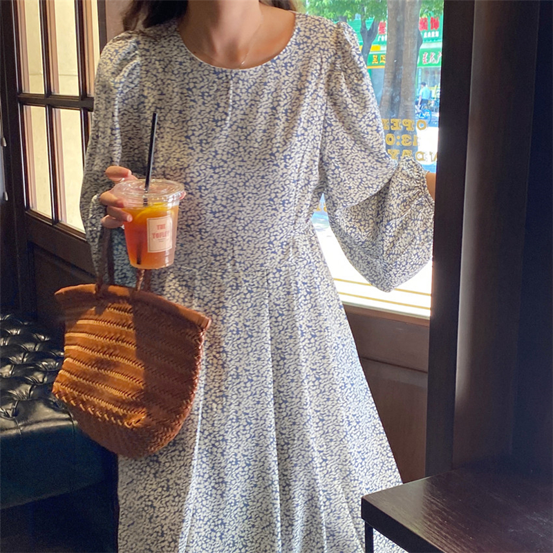 H657fca6cf5ab461e97b90cc374b79438x - Autumn O-Neck Lantern Long Sleeves Floral Print Midi Dress