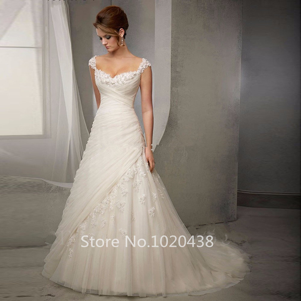 Newest Plus Size A Line Wedding Dress 2016 Vintage Appliques Spaghetti Wedding Gowns Bridal Dresses Beading Court Train
