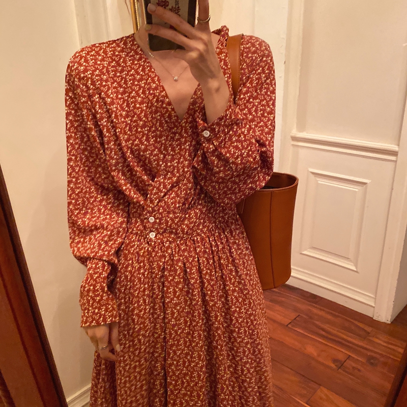 Women Spring Sexy V Neck Long Sleeve Long Floral A-line Dress Elegant High Waist Red Vintage Dresses With Buttons