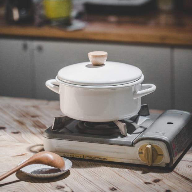 Marmite en émail de style japonais contracté marmite à soupe résistante aux hautes températures utilisation générale cuisinière à gaz et à induction