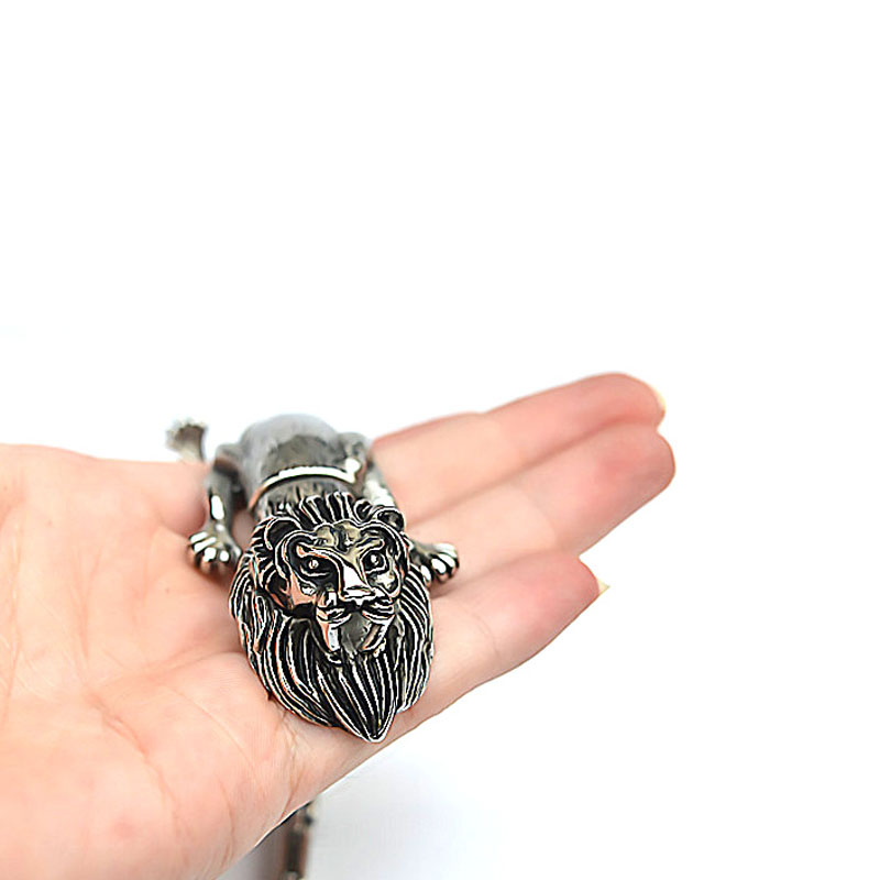 Outdoor EDC Titanium Steel Lion Bracelet Multi-function Domineering Men Punk Locomotive Personality Animal Jewelry Self Defense
