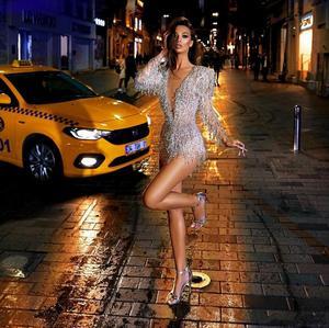 Image 4 - Sexy mini vestidos de cocktail profundo decote em v contas de renda borla ilusão manga longa vestido de noite festa wear feito sob encomenda