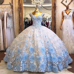 Robe de bal bleu ciel clair robes de Quinceanera perles fleurs 3D épaules nues robes de bal formelles doux 16 robe vestido de 15 anos