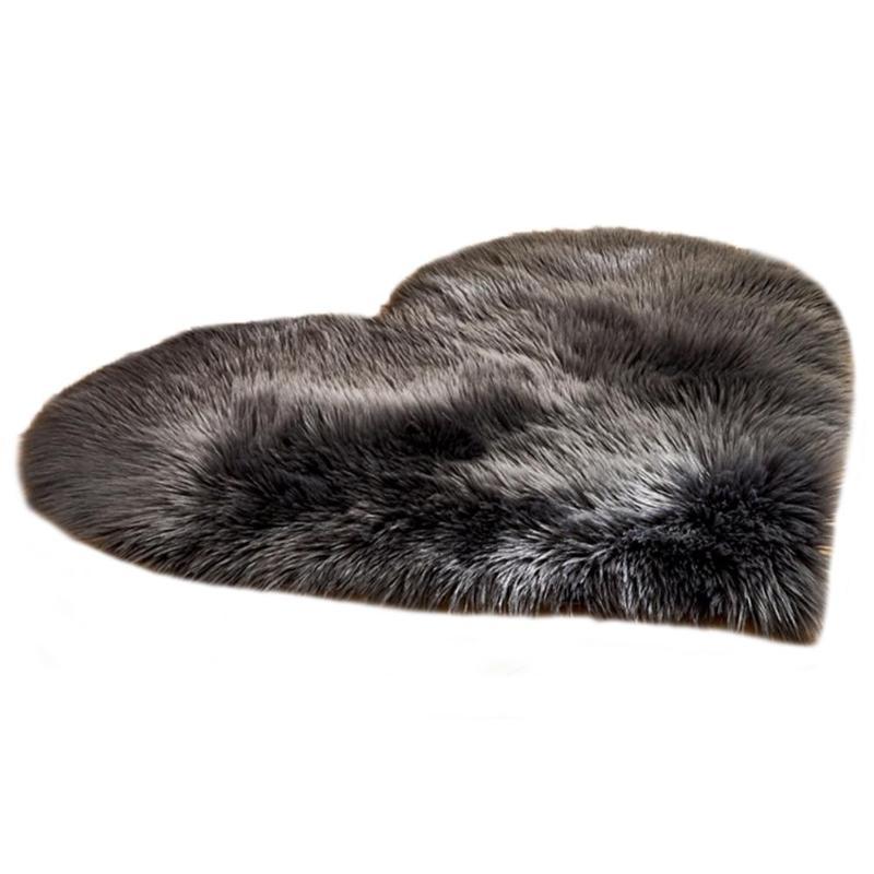 Fluffy Rugs Anti-Skid Shaggy Area Rug Solid Color Heart Shape Home Living Room Bedroom Floor Mat Shape Carpet Floor Mat Decor