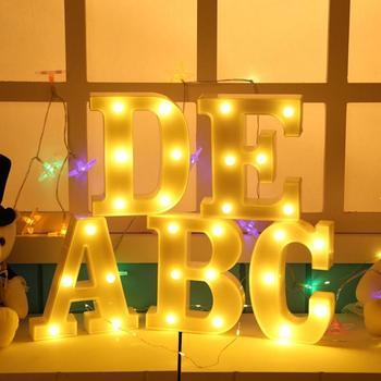 Luz LED 3D luminosa alfabeto de 26 letras para la decoración de la boda de la fiesta de cumpleaños lámparas de letrero de La marquesina nocturna colgante de pared interior