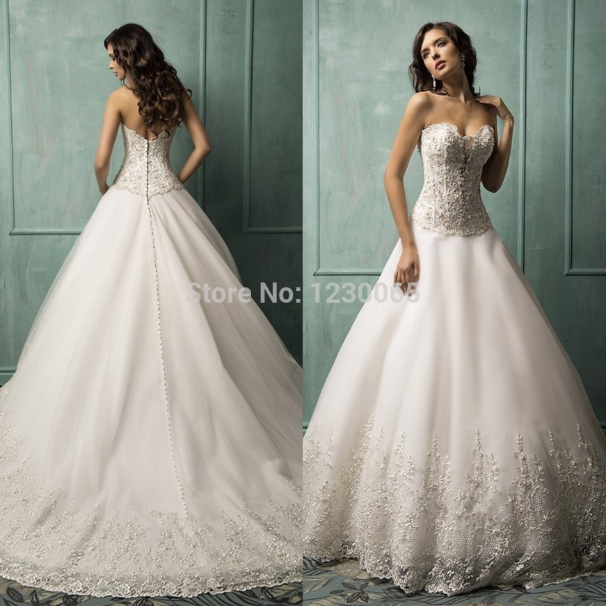 2018 Lace Bridal Gown Sweetheart Sleeveless Romantic Applique Vestido De Noiva 2018 Beading Button Mother Of The Bride Dresses