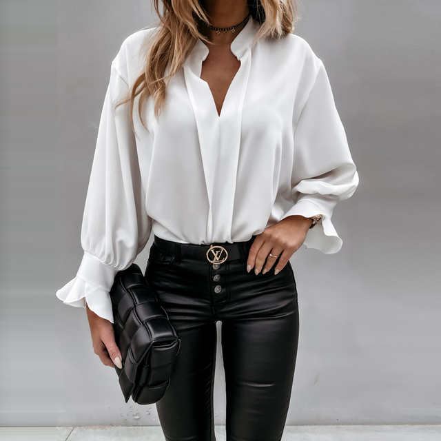 2020 Autumn Winter Ruffles Women Shirt Blouse Long Sleeve V-Neck Tops Shirts Lady Flared Sleeves Blouses Female Loose Top Blusa 2