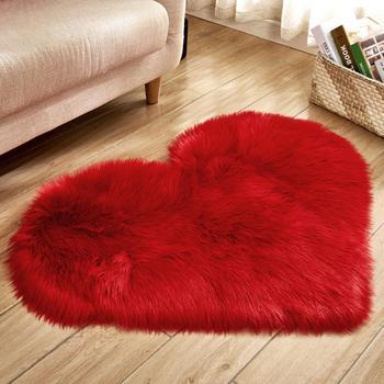 Alfombras de corazones de amor, Alfombra de lana Artificial, alfombra peluda de piel de oveja, alfombrilla de suelo de imitación, alfombra suave lisa de piel