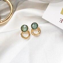 Retro pendientes de cristal verde cepillado europeo y americano sexy femenino pequeño círculo pendientes modernos de fiesta