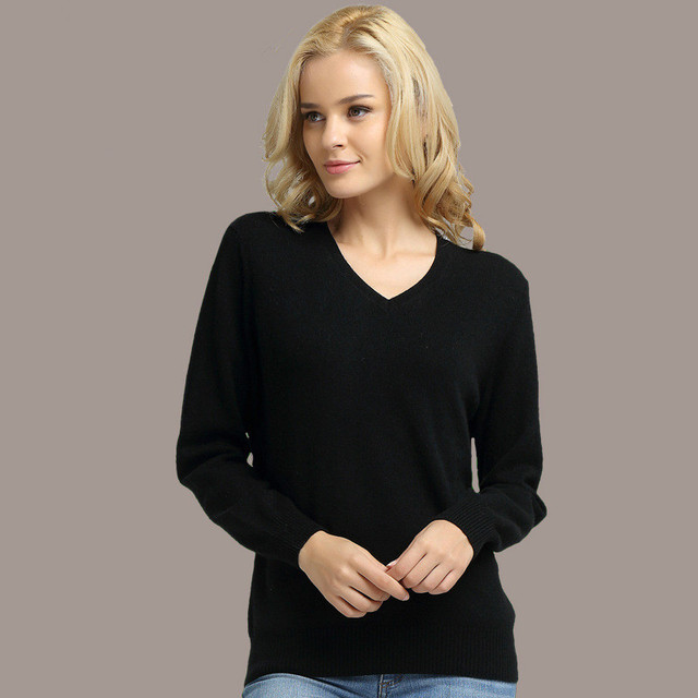 Long Sleeve V-neck Knitted Cashmere Sweater 3