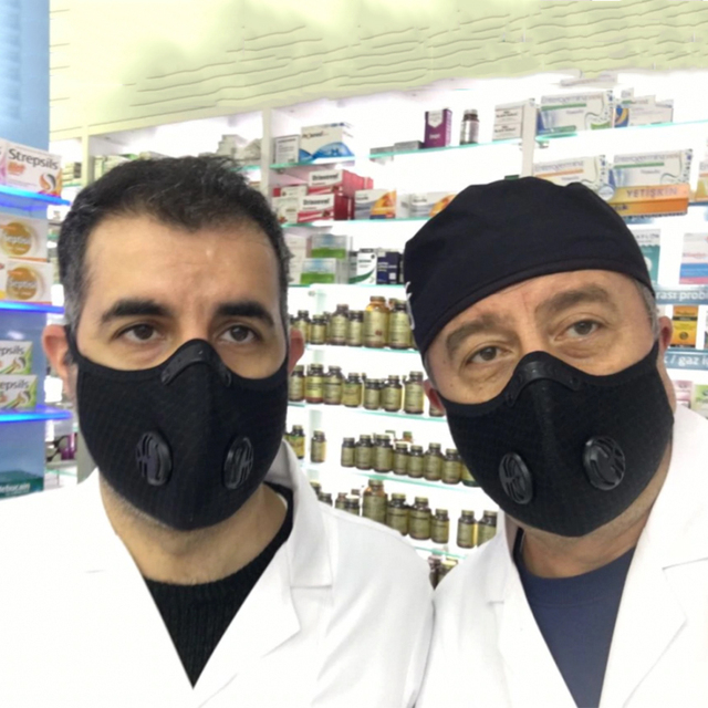 Μάσκα Υψηλής Αναπνευστικής Προστασίας με 2 φίλτρα Ενεργού Άνθρακα 2 τεμ.