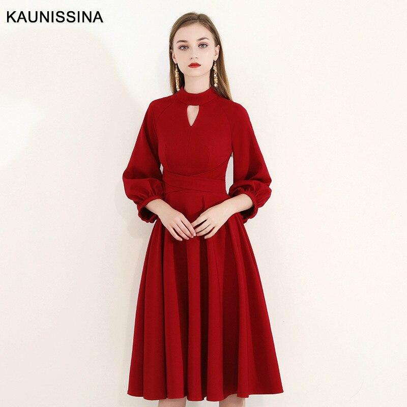 KAUNISSINA Elegant Red Short Cocktail Dresses 3/4 Sleeves Zipper Back Knee Length A Line Robe Homecoming Dress Short Party Dress