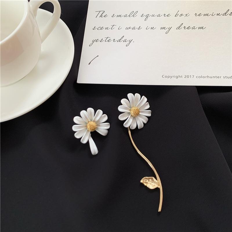 Brincos com pingente de margarida branca, joias de montar da moda para mulheres, design coreano, dual uso, 2020