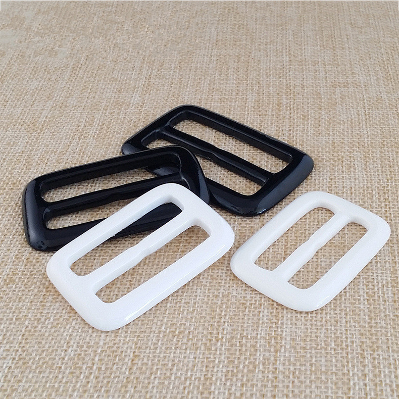 Black And White Color Plastic Buckles Resin Buckle Acrylic Button Diy Bag Accessories Wholesale Cloth Accessories Resin Button