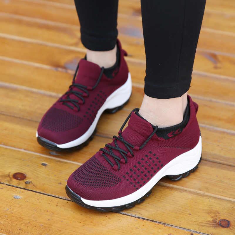 Áo Nữ Mùa Hè Thời Trang Lưới Thoáng Khí Vulcanize Nền Tảng Đế Bằng Phối Ren Mút Tenis Chạy Bộ Ngoài Trời Giày Sneakers Nữ