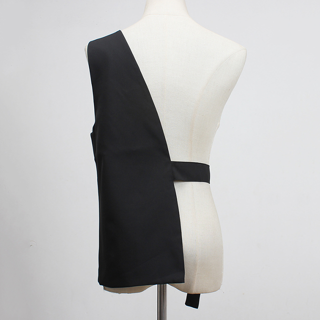 [EAM] Women Loose Fit Black One Side Buckle Split Joint Vest New V-collar Sleeveless   Fashion Tide Spring Autumn 2021 1Y958 2