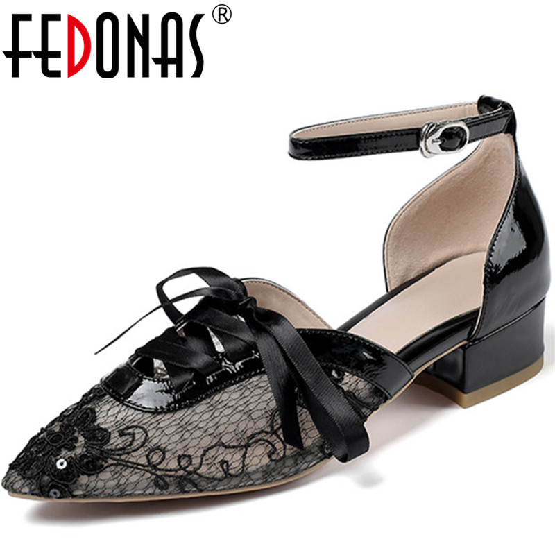 FEDONAS Fashion Women Point Toe Shoes Butterfly Knot  Shoes Slip On Retro Shoes Rhinestone New Square Heeled 2020 Shoes Woman