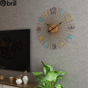 Moda nowoczesne oświetlenie metalowy zegar ścienny salon kreatywna ściana zegarki Home Decor moda osobowość zegary Reloj De Pared tanie i dobre opinie LISM CN (pochodzenie) wall clock Trójkątne 50cm Jedna twarz 50mm 2000g QUARTZ ZAGARY ŚCIENNE Płyta o grubości 15 mm