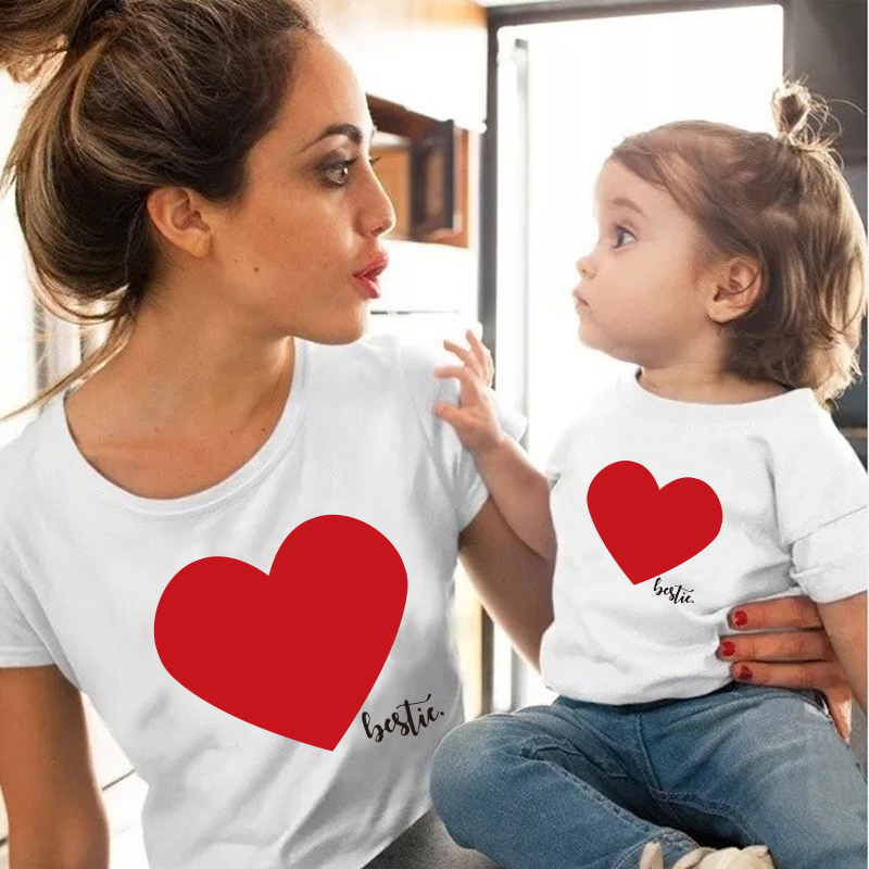 Love Family Clothes Mother Daughter T Shirt Girls Blouse Matching Outfits T Shirt Mom Kids Lovely Blouse Kids Baby Girl T Shirt