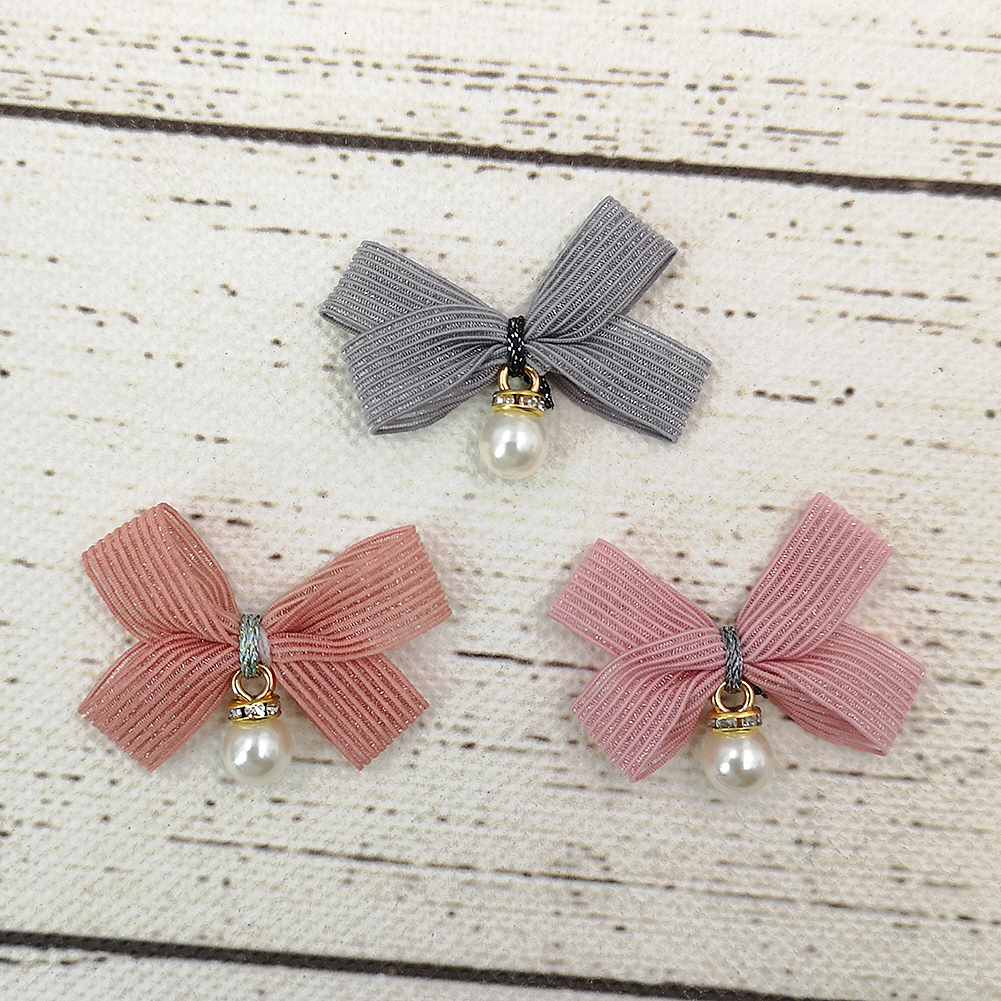 30pcs Snowflake Flatback Embellishment for DIY Kids Children Hair Bow Crafts