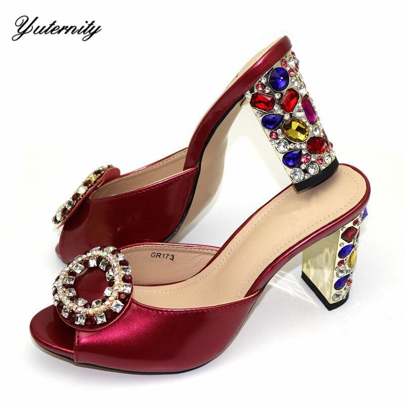 Vente chaude africaine talons carrés femme chaussures utilisation robe de fête de haute qualité Design élégant chaussures en pierre pour mariage taille 38-42