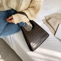 2020 new women's handbag fashion handbag shoulder bag messenger solid color hand bag female bag beauty essential