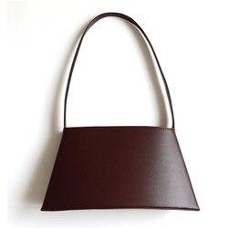 AKAKCOCO Women bag 2019 New Customized irregular minimalist curved shoulder bag shoulder bag cowhide bag