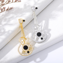 Hollow-Out Craft Gold Silver Gold Brooch Cute Guitar High Quality Crystal Stone Brooch For Men And Women Music Corsage Jewelry stunning rhinestone music note guitar shape hollow out bracelet for women