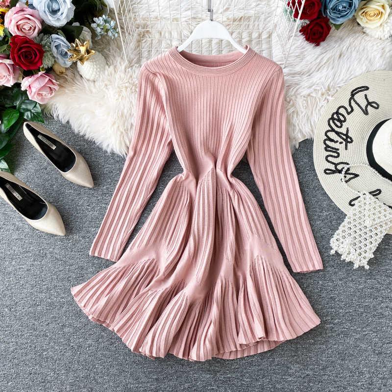 여자의 가을 겨울 긴 소매 스웨터 드레스 솔리드 슬림 맞는 두꺼운 바닥 Pleated 니트 드레스 위의 무릎 a 라인 드레스 ML478