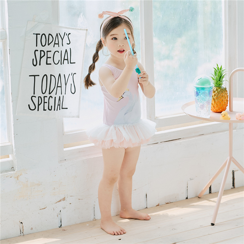 Girls 2019 Summer Wear New Style Big Boy Cartoon Printed Bathing Suit Girls Cute Printed Bathing Suit Big Boy Swimwear