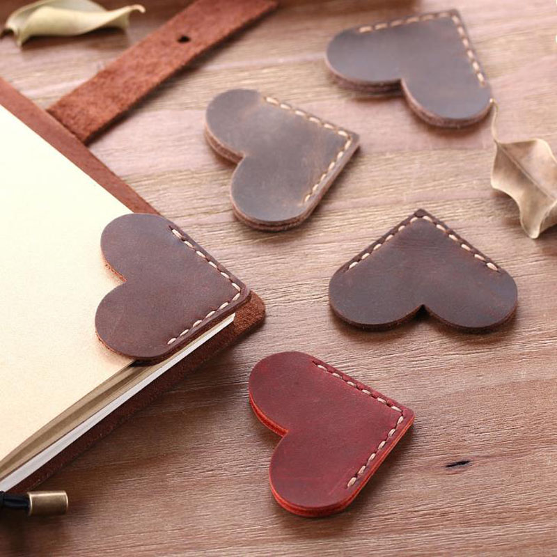 1 Pcs Vintage PU Leather Love Heart Shape Bookmarks for Book Mini Corner Page Marker Bookmark for Reader Teacher Stationery Gift(China)