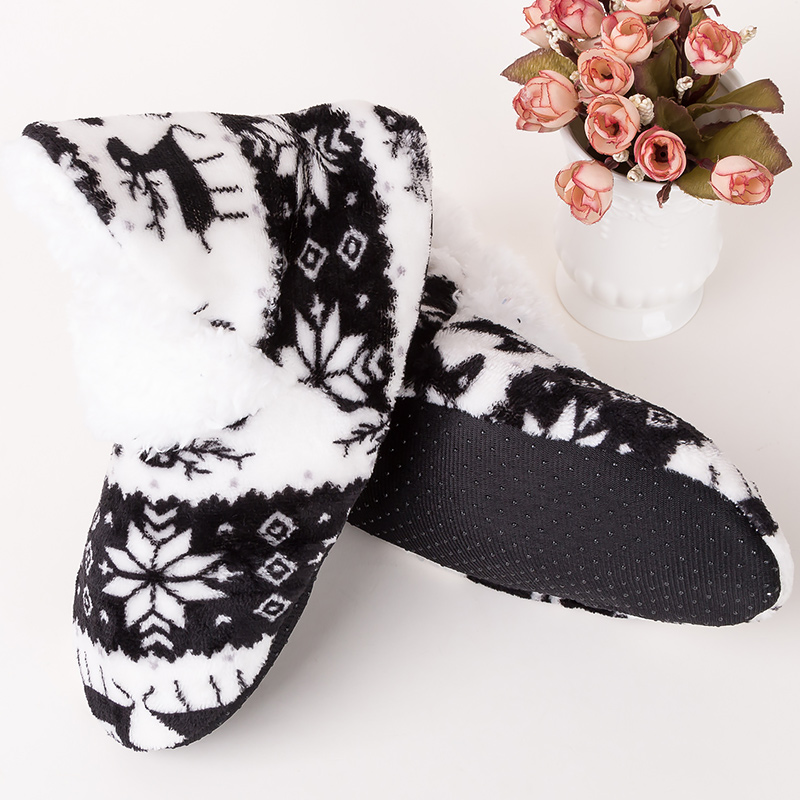 Women's Winter Shoes Suede Fashion Comfortable Christmas Slippers Woman Short Plush Non Slip Home Slippers Women